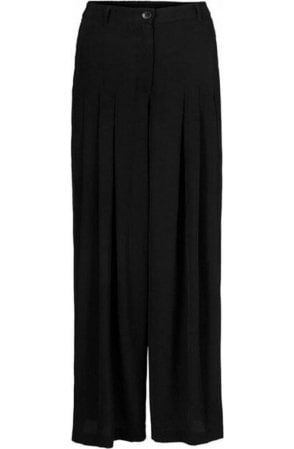 Pero Pleated Wide Leg Trousers