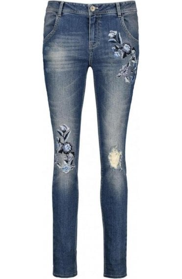 Embroidered Floral Detailed Jeans